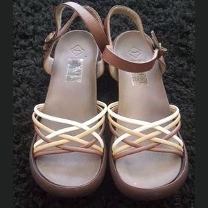 Regetta Canoe Egg Heel Sandals Sz 10